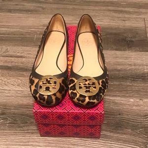 Tory Burch Reva leopard flat size 8